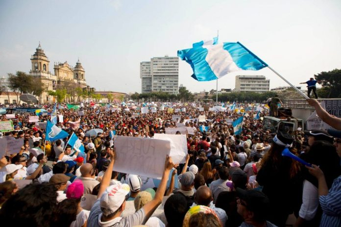 Foto La Hora- AP: Moises Castillo