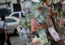 El bolívar la moneda basura