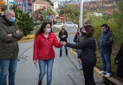 Atención al Vecino recorrió junto a la Concejala Avila el Barrio Los Alerces