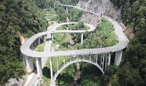 5 Jalan Di Indonesia Dengan Pemandangan Keren! Kamu Pernah Lewat Yang Mana?
