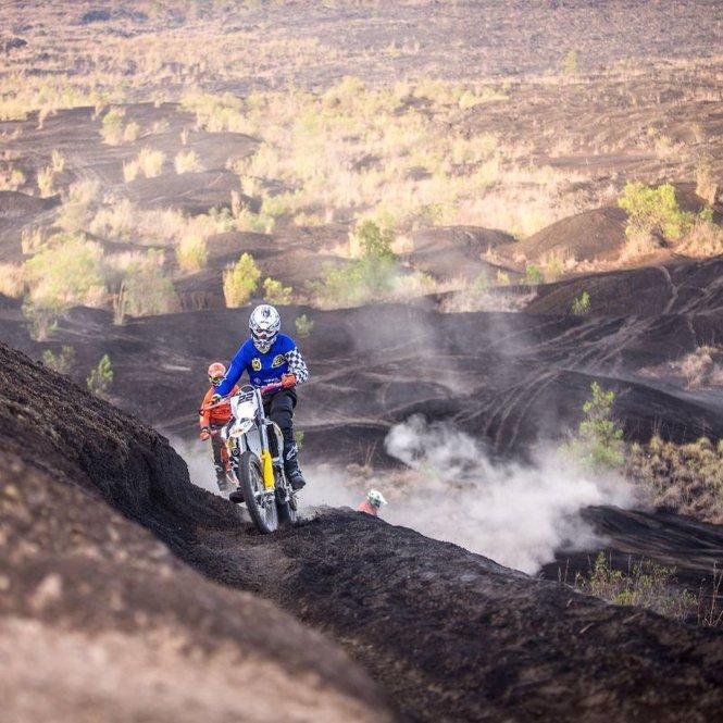 Motocross Experience di Gunung Batur ini adalah salah satu atraksi Wisata Kekinian di Bali Utara Bikin Kamu Makin Keren di Instagram