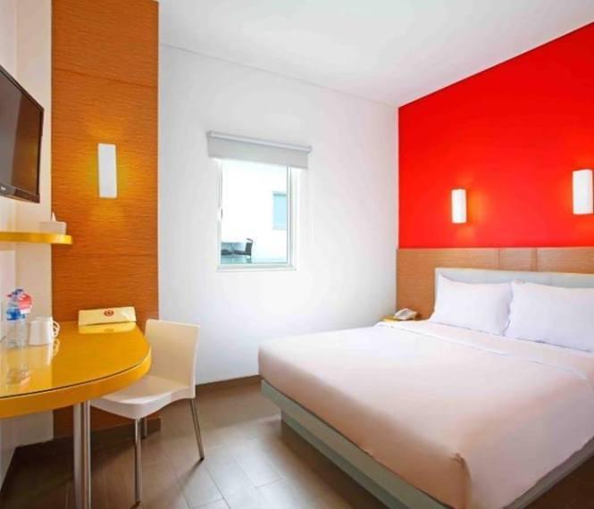 7. Amaris Hotel Dewi Sri