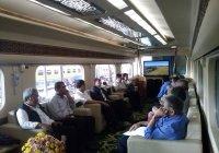 Kereta Khusus Presiden Republik Indonesia Dengan Fasilitas Super Mewah!