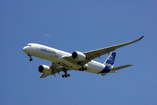 Atraksi Akrobatik Paling Keren Pesawat Airbus A350 XWB Terbaru!