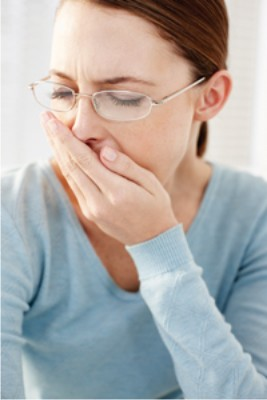 Bahaya Negatif Tidur Dekat Ponsel