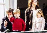 8 Anak Keluarga Kerajaan di Dunia Yang Imut Banget!