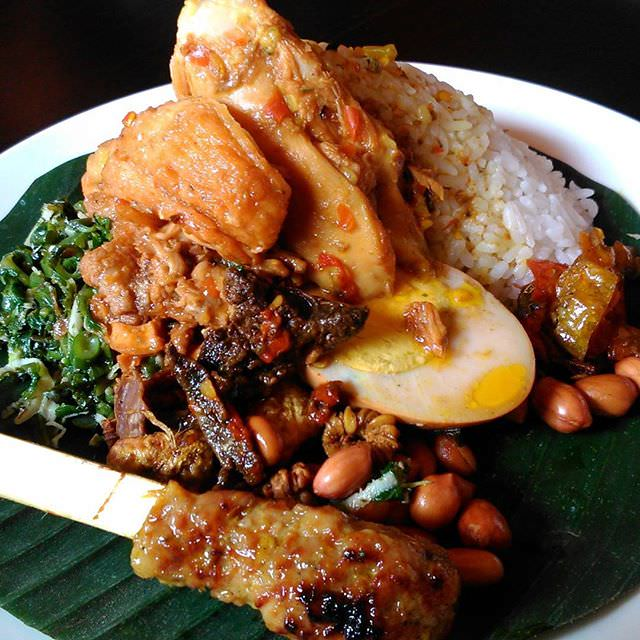 5 Makanan Khas Bali yang Halal Wajib Coba