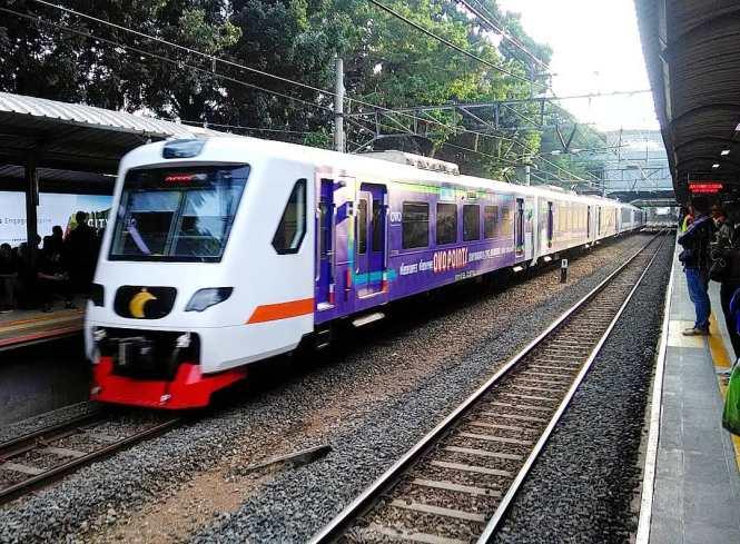 Sekarang ini Kereta Bandara Jakarta Soekarno Hatta rutenya sudah sampai Stasiun Bekasi.