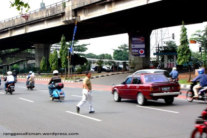 Ini Renungan Uuntuk Driver Dan Rider Di Jalan