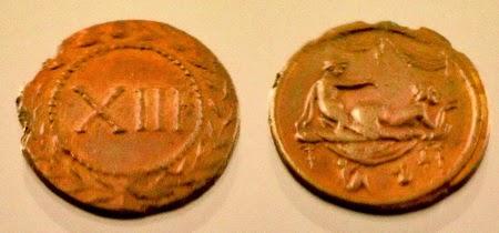10 Uang Unik Kuno Di Dunia