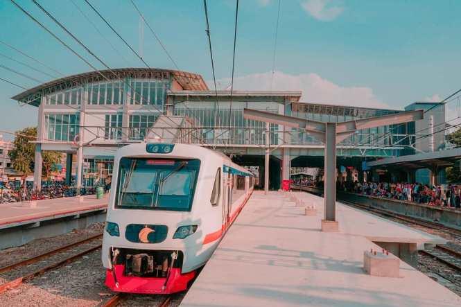 KRL Commuter Line Jakarta Relasi Stasiun Duri ↔ Stasiun Tangerang