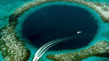 Gewaltiges Loch
