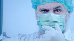 Arzt - Corona Patient