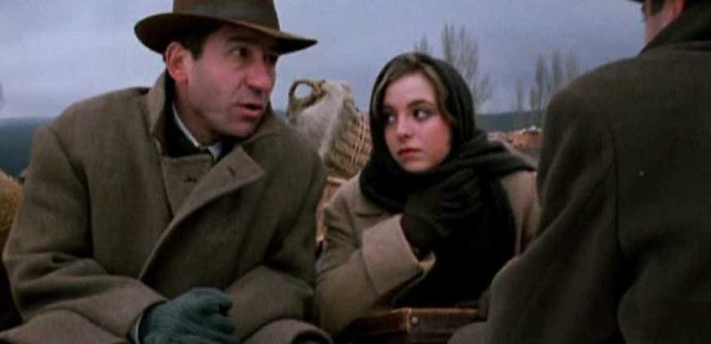 Qué ver hoy: 'El viaje a ninguna parte', la primera película que se llevó el Goya
