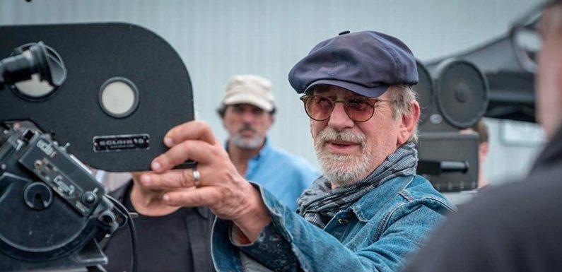 Steven Spielberg y Netflix se unen tras dla polémica del director, la plataforma y los Oscar
