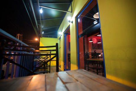 la-parca-restaurante-comida-mexicana-ambiente-ar-livre