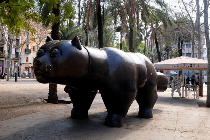 Sculpture du Chat de Botero dans le Raval
