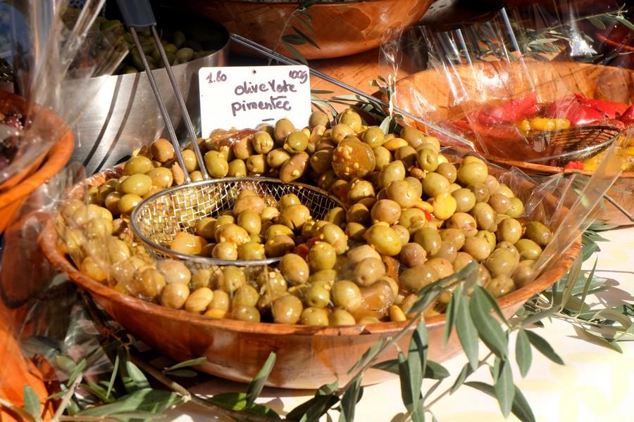 Olives sur le marché de Cassis