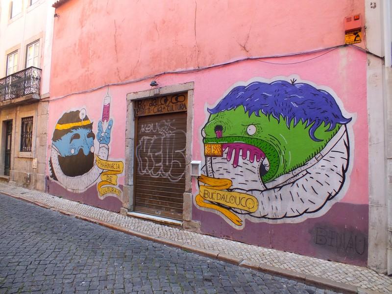 Façade du Bairro Alto à Lisbonne