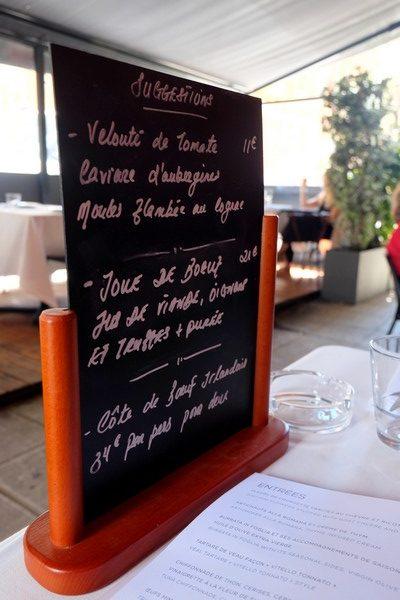 Ardoise de suggestions au restaurant l'Uzine à Nice