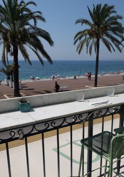Vue sur la promenade des anglais à Nice depuis Babel Babel