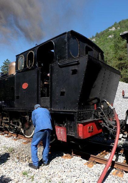 Les bénévoles de l'association GEPC qui s'occupent du train des pignes à vapeur
