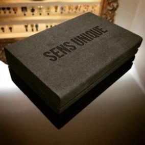 La belle Box de la parfumerie Sens Unique à Paris.