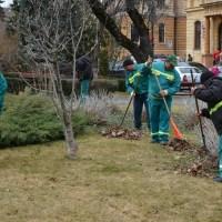 Campania de curăţenie de toamnă la Braşov