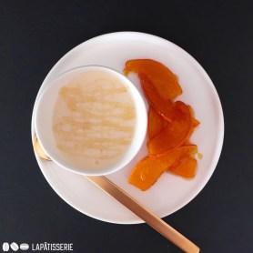 Karamellisierter Kürbis funktioniert perfekt im Nachtisch.