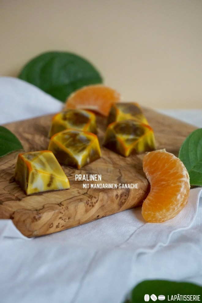Die passenden Pralinen zum Winter mit säuerlicher Mandarine und feiner Vollmilchkuvertüre.