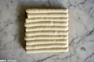 Schritt 4: Vanillesahne kochen und aufschlagen.