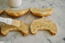 Schritt 3: Croissants halbieren