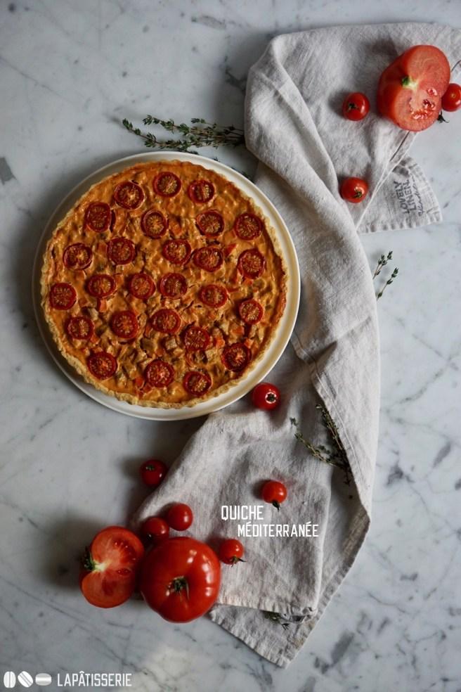 Egal ob zum Abendessen oder am Mittagstisch die neue mediterrane Quiche mit Tomate geht zu jeder Tageszeit