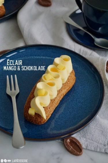 Französische Eclairs aus Brandmasse gefüllt mit feiner Schokoladencreme, Passionsfruchtgel und Mangomousse