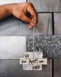 estamos_contra_el_muro