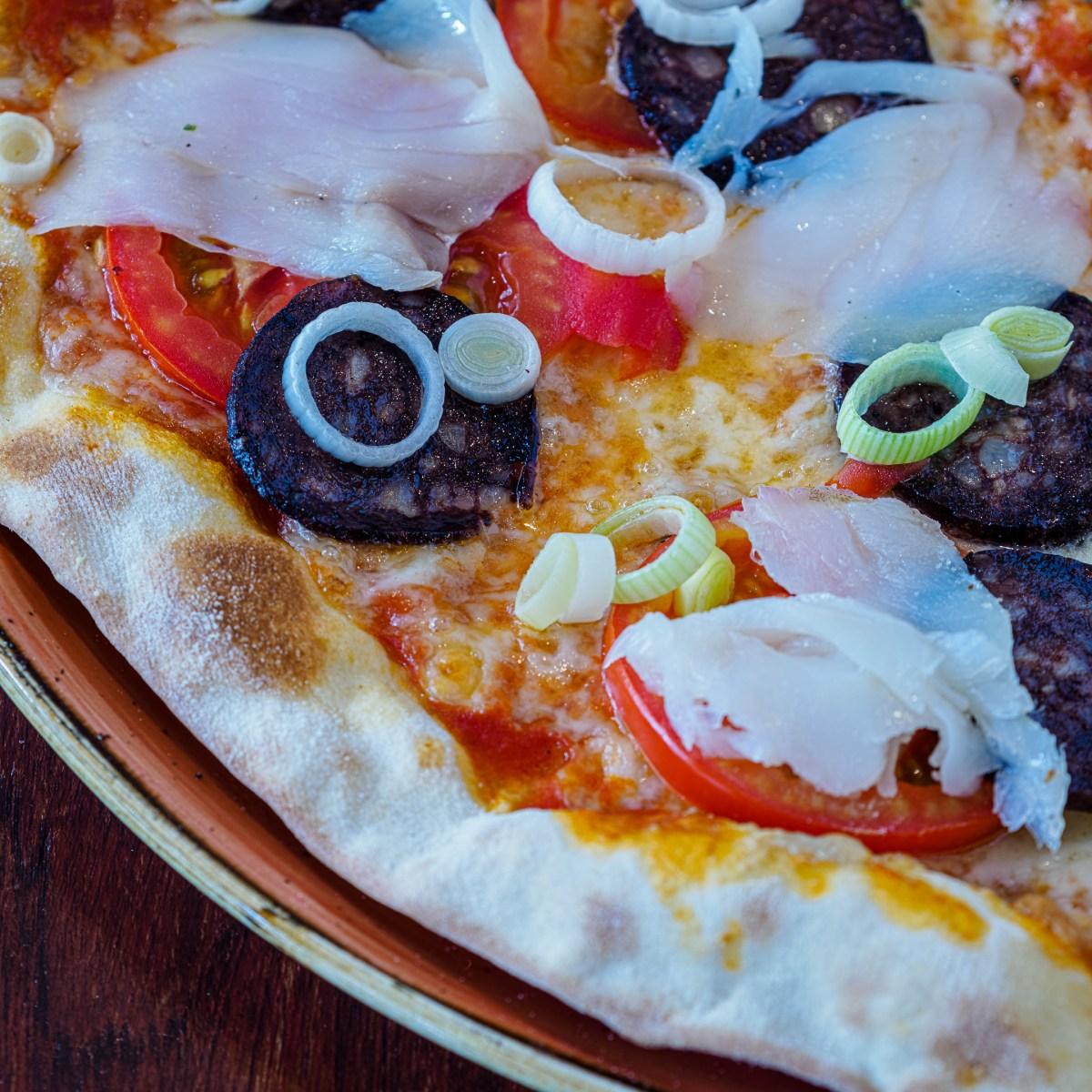Pizza Bacallà