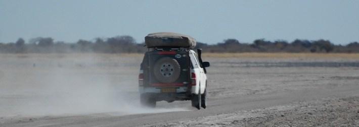 conduite sur le pan au botswana