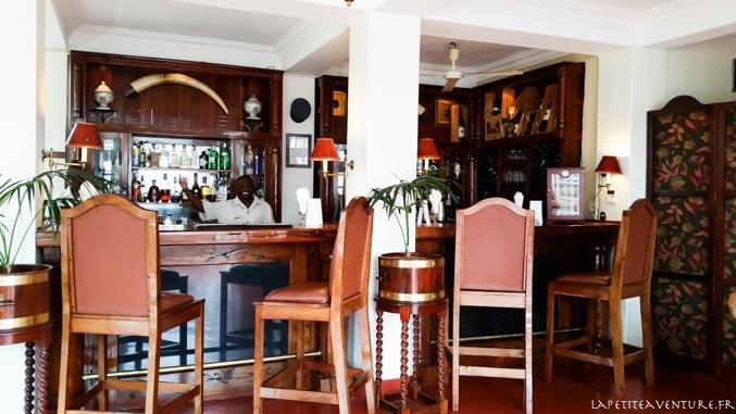 bar au victoria falls au zimbabwe