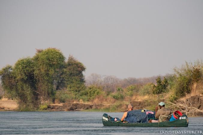 Canoë sur le zambèze