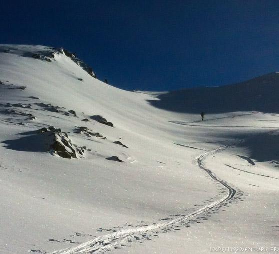 Montée en ski de rando aux vans