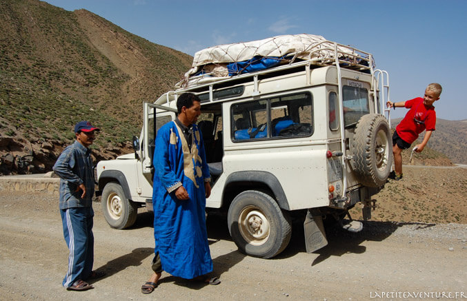 Land rover au Maroc
