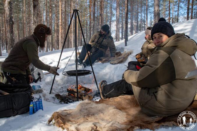 Déjeuner trappeur en Laponie suédoise