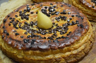 Tarte Poire-Chocolat (Chocolate and pear tart) made with 'pâte feuilletée' (puff pastry)