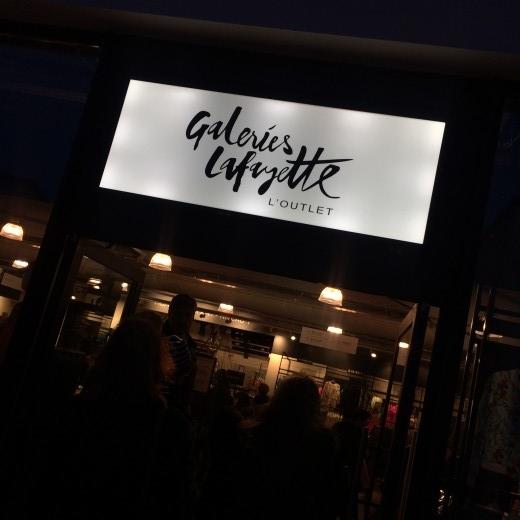 boutique nike village des marques nailloux