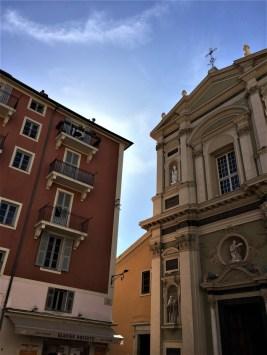Place Rosetti face à la Cathédrale Sainte-Réparate