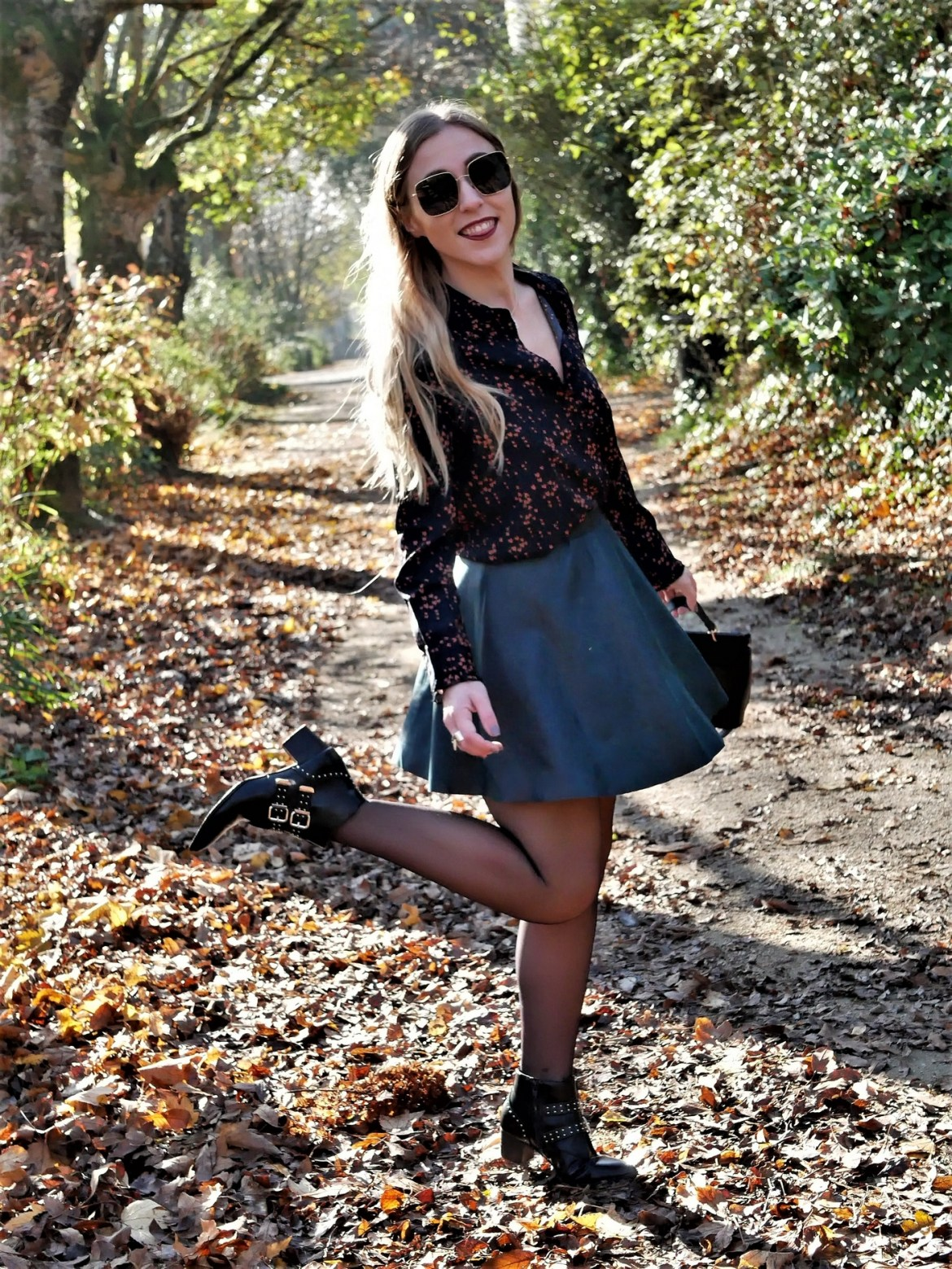 Look bombardier & jupe patineuse - La Petite Frenchie
