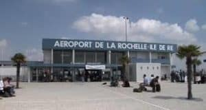 Essential information about your Vendée holiday showing image of La Rochelle Airport.