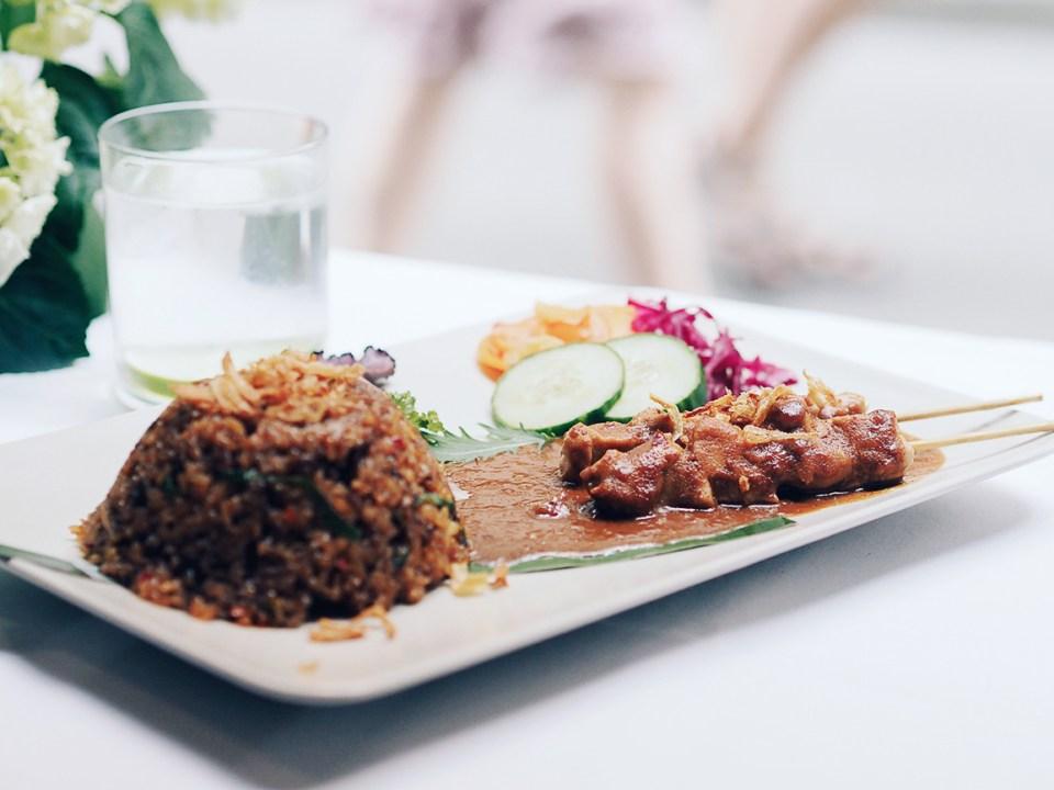 Djakarta-Bali-Plats-Nasi-Goreng-Special-01.jpg