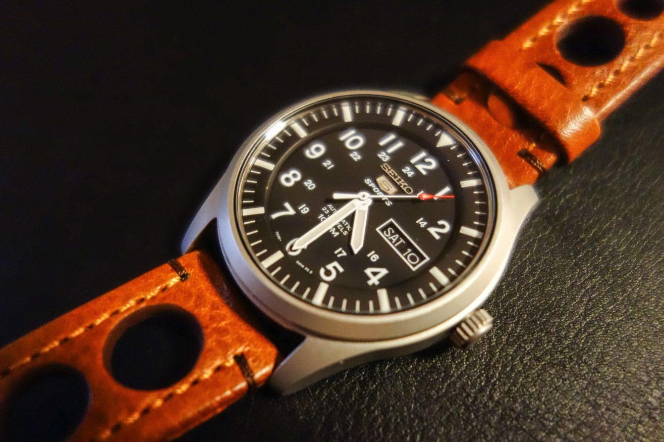 Le bracelet Hirsch acheté pour remplacer l'original.