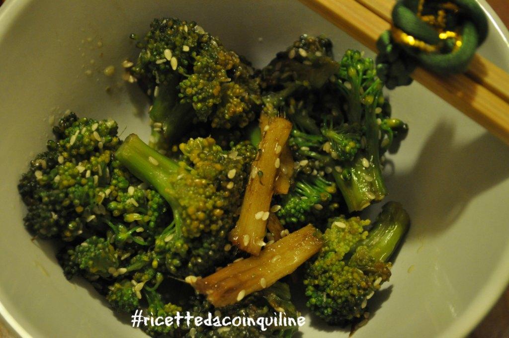 I sani venerdì: broccoli saltati in padella con semi di sesamo